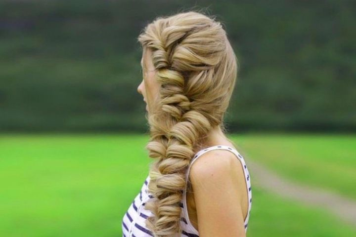 7 Braid Ideas With Loose Hair For Any Occasion